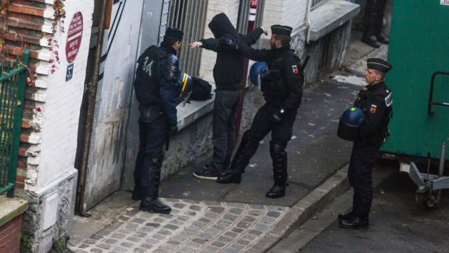 Le Couvre-feu  201510