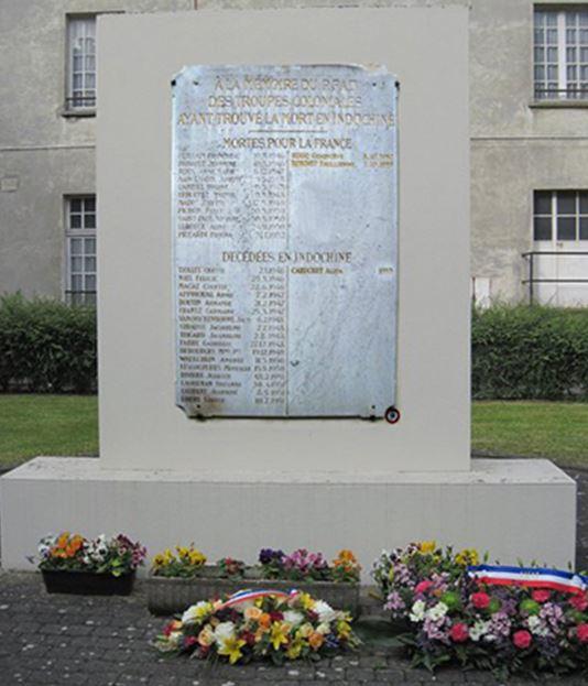 Mortes pour la France et anciennes combattantes… Ne les oublions pas. Monume10