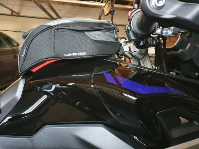Mon Tracer 900 GT avec ces petites accesssoires... 20200934