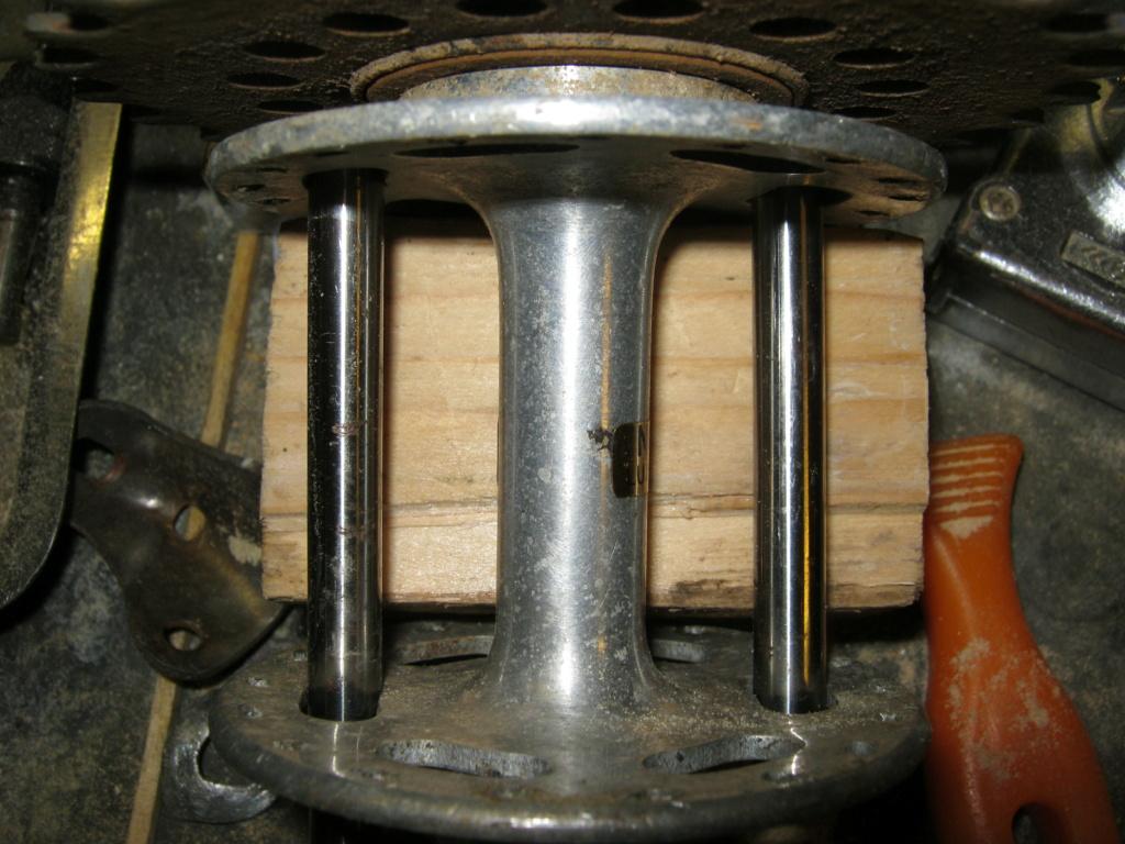 Comment démonter une roue libre vissée sur un moyeu non rayonné ? Rl_sur10