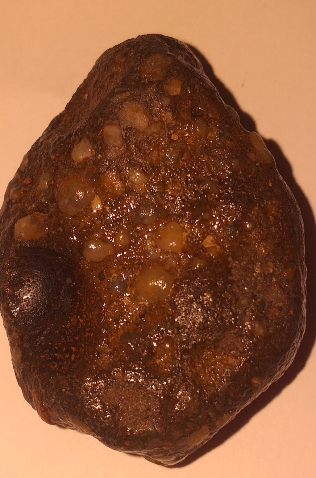 Meteiorite ou pierre terrestre  20210721
