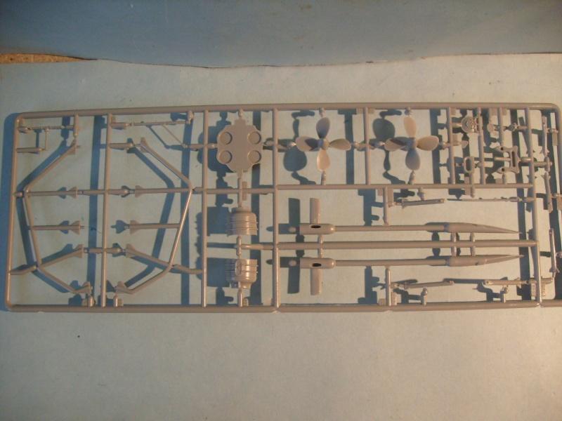 [Revell]US Navy GATO-CLASS Submarine S7300526