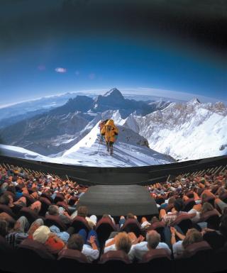 Everest (Omnimax 2000-2001 / Kinémax 2012) Omni_e10