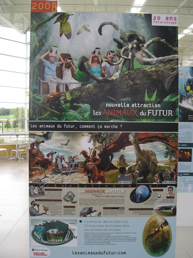 """Exposition itinérante """"Les 20 ans du Futuroscope"""" - Page 3 P8221615"""