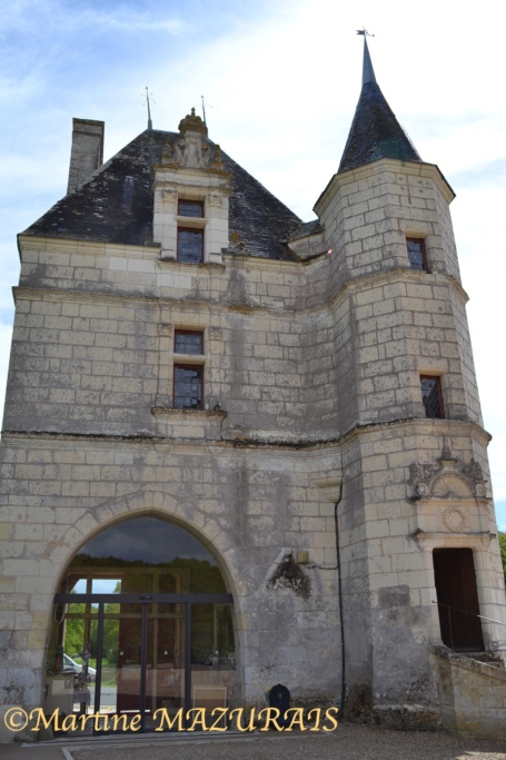 Céré la Ronde – Château de Montpoupon 01-05-15