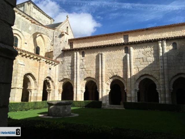 Nieul sur l'Autise - L'abbaye Saint-Vincent Img-5110