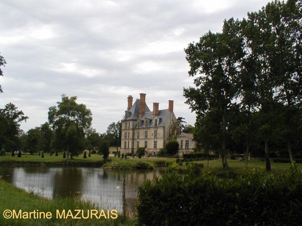 Avrillé - Le château de la Guignardière Juin_242