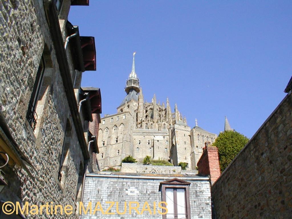 Le Mont-Saint-Michel Juin_250