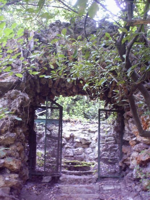 Le petit pont de pierres Hpim7316