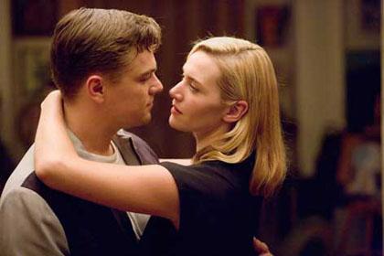 Le couple de Titanic réuni ( Les noces rebelles ) Revolu10
