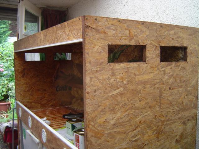 construction d 39 un terrarium pour boa constrictor imperator. Black Bedroom Furniture Sets. Home Design Ideas