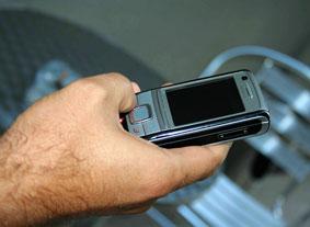 الجزائري ينفق 14 دولارا شهريا على المكالمات Portab10