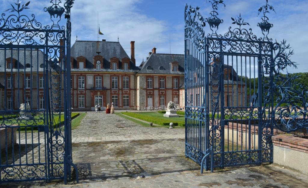 """"""" Murder party """" ,   Théâtre au château de Breteuil  Dsc_0210"""