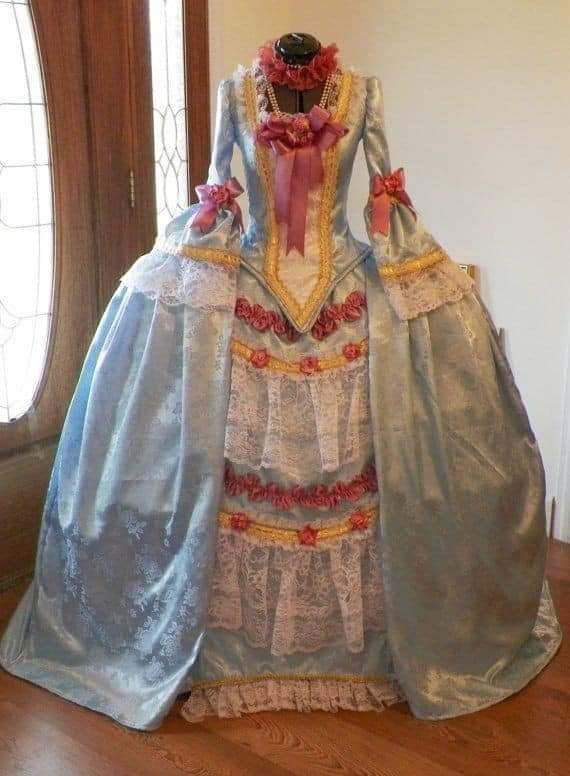 La mode vestimentaire,   plus précisément autour de 1780 Fb_img12
