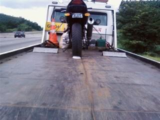 Viagens - Oq vcs usam nos pneus ? 01270810