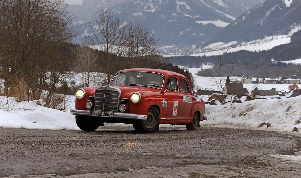 photo de mercedes de rallye - Page 6 Winter10
