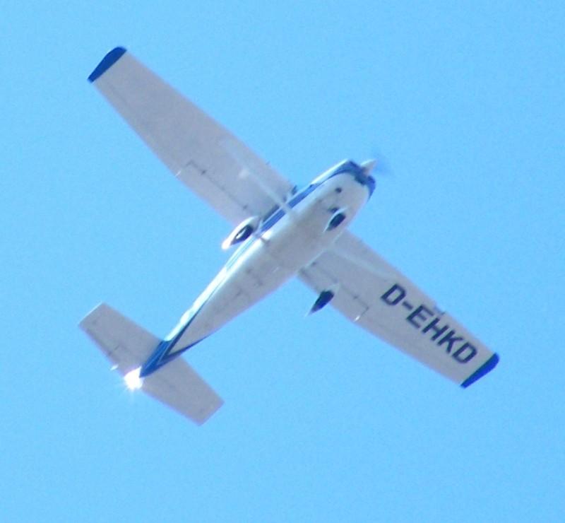 Avioane de agrement - Pagina 2 Cessna10