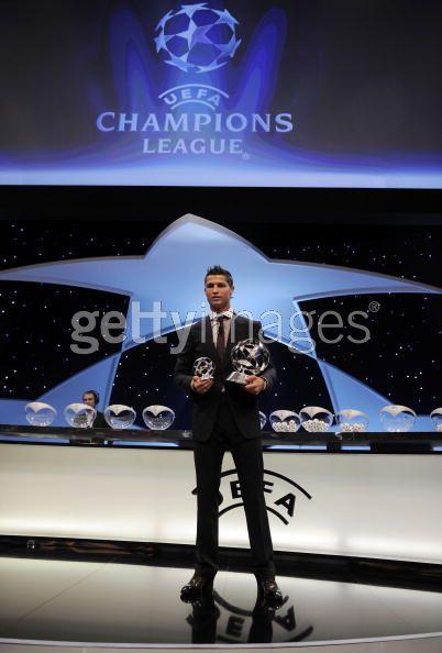 Cristiano en la Gala del Sorteo de la Champions! Cristi29