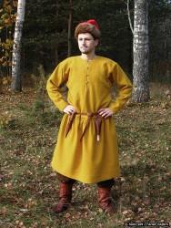 Повседневный костюм среднего достатка на 13-14 век. 00410