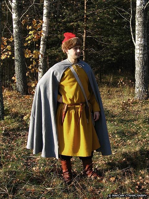 Повседневный костюм среднего достатка на 13-14 век. 70428510