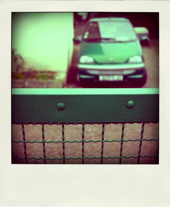 FIL ROUGE : Polaroid - Page 2 Voitur10