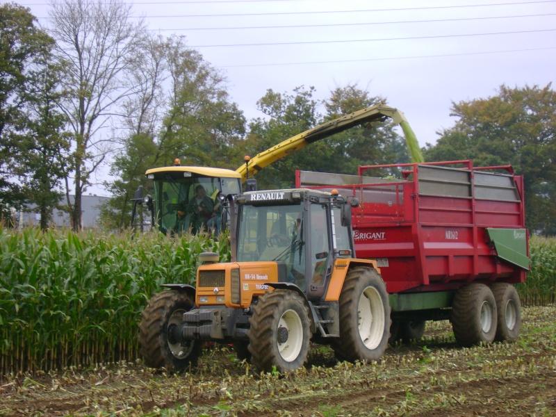 Ensilage de maïs 2008 - Page 4 Dsc04712
