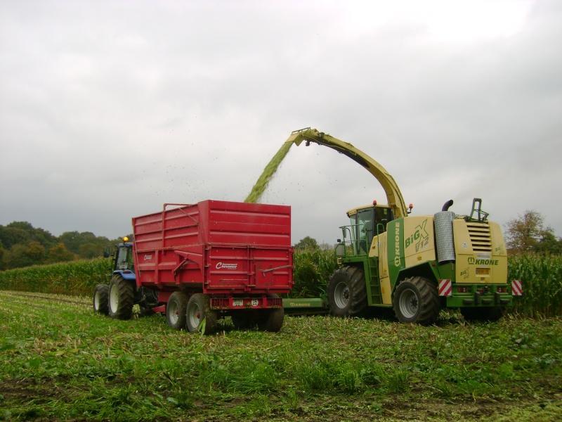 Ensilage de maïs 2008 - Page 4 Dsc04714