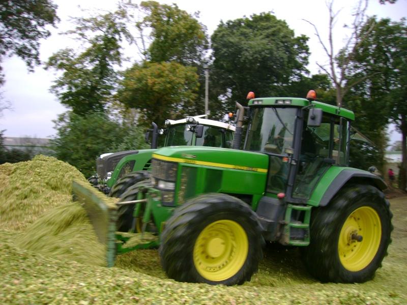 Ensilage de maïs 2008 - Page 4 Dsc04721