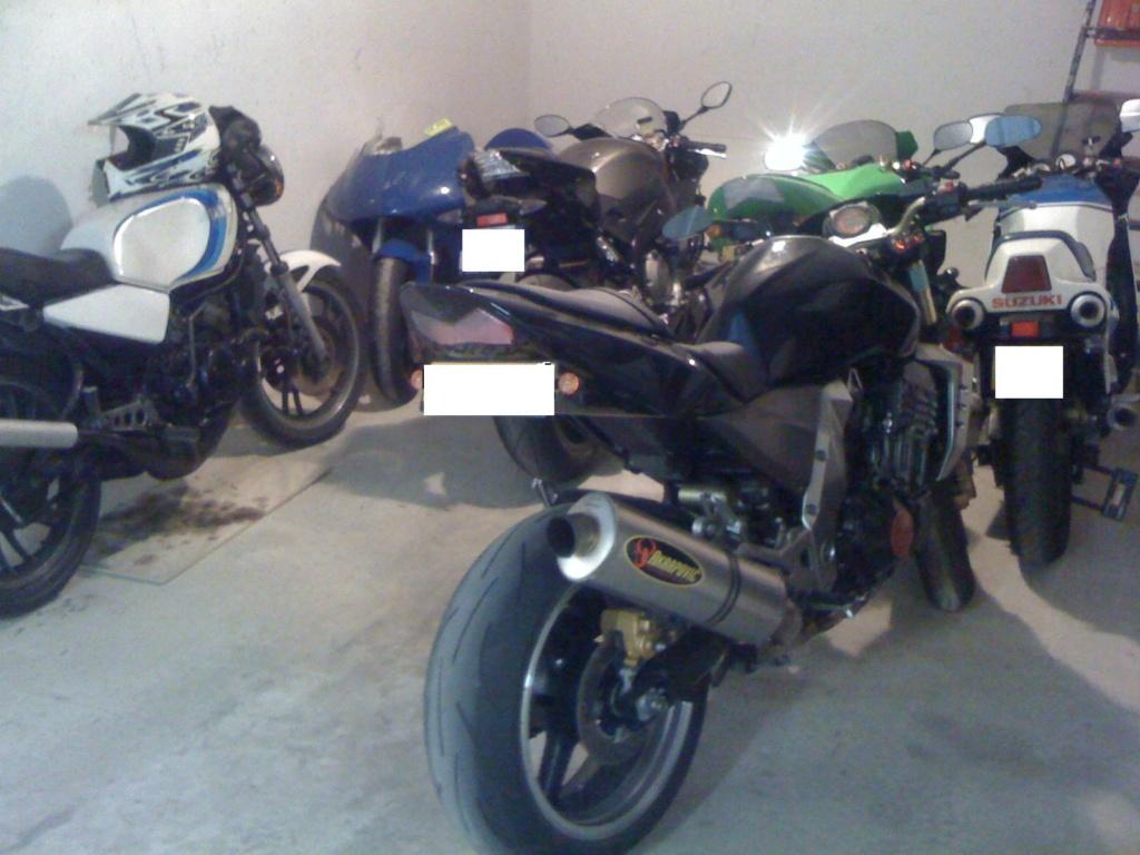 Démarrage APRILIA RS 250, la bonne odeur du 2Temps... mmmm Moto10