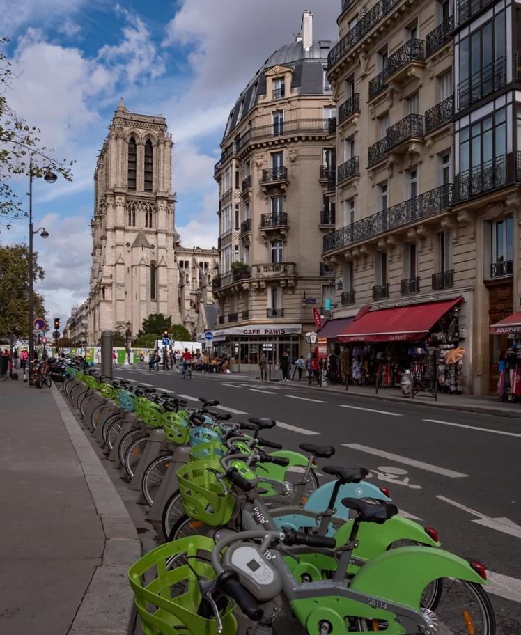 A Paris en vélo... 48840410