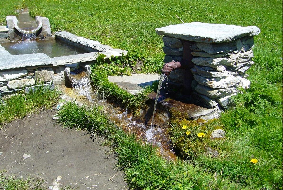 Fontaines de France et d'ailleurs - Page 4 P1070410
