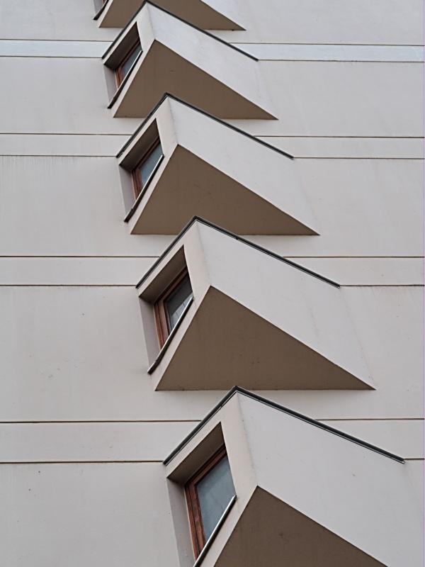 [Fil ouvert ] Fenêtres, volets, ouvertures... - Page 11 P4050111