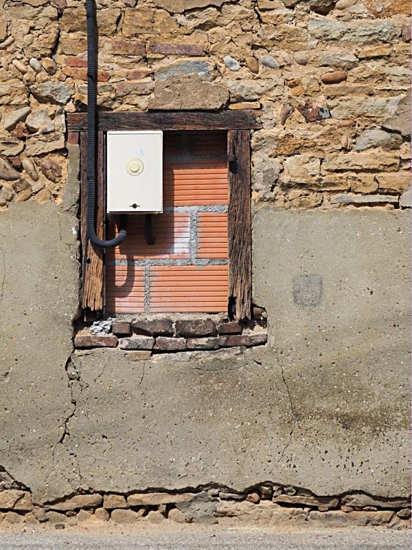 [Fil ouvert ] Fenêtres, volets, ouvertures... - Page 11 P7311014