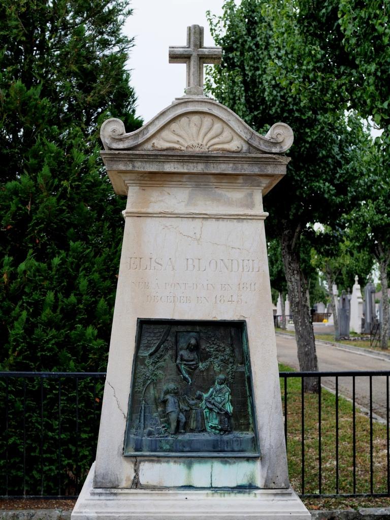 Nos cimetières sont beaux ! P8308716