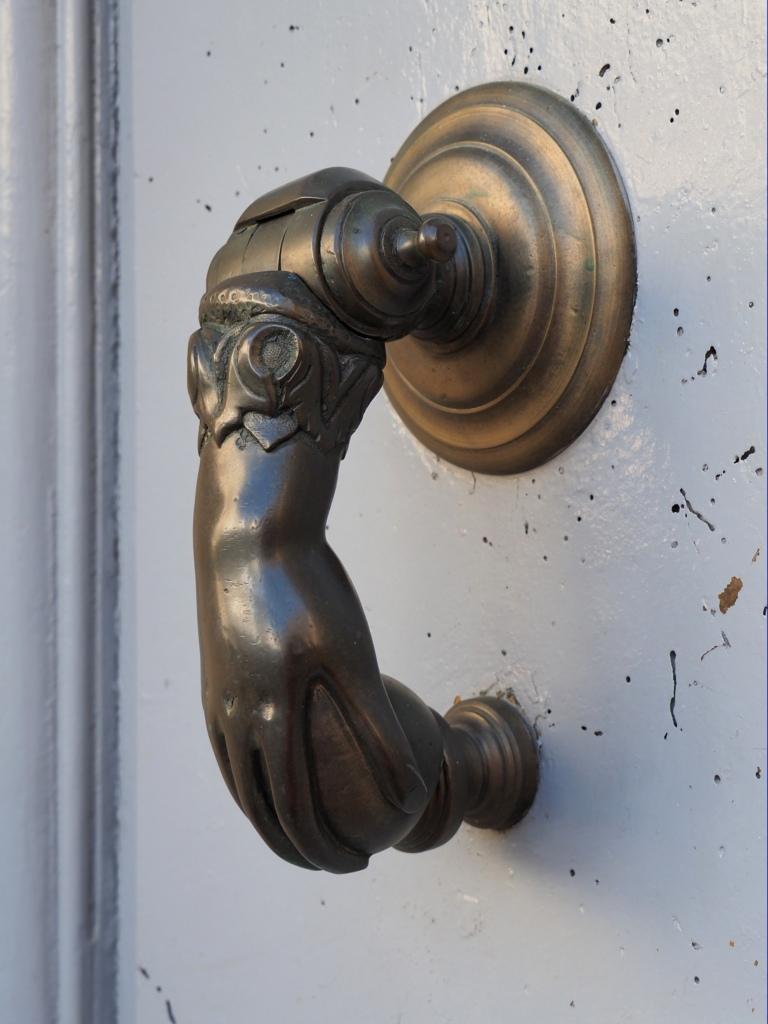 Heurtoirs - Marteaux de portes P9078714