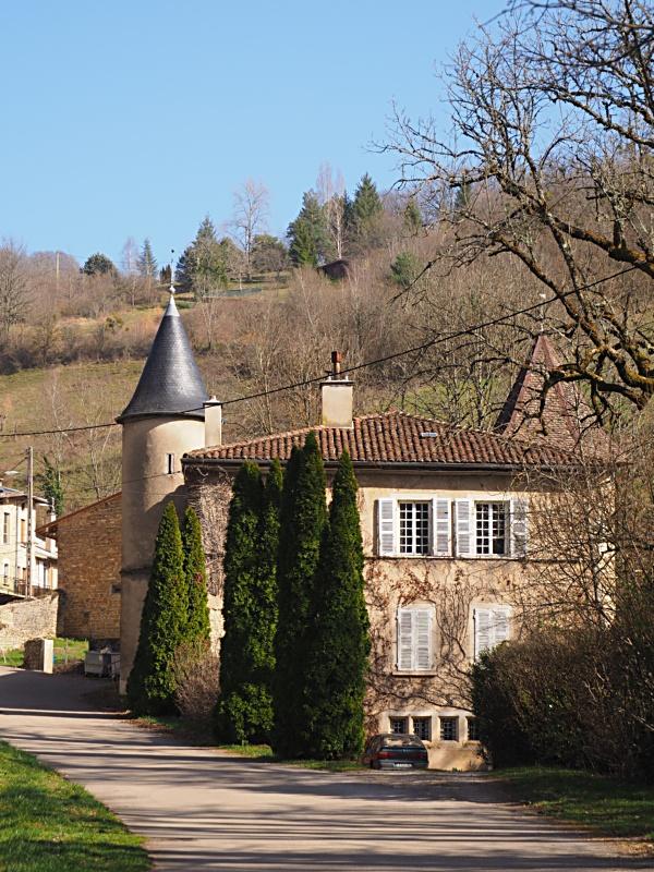 Fil ouvert #1 : Chateaux (en France et ailleurs!) - Page 5 Q2250313