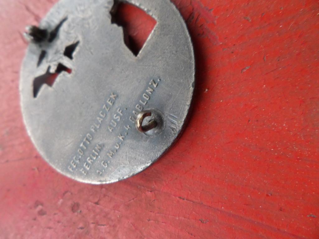 Insigne Kriegsmarine briseur de blocus  Sam_0213