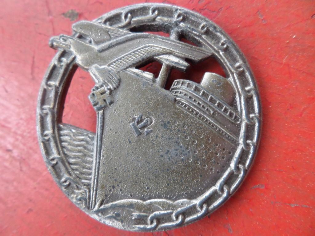 Insigne Kriegsmarine briseur de blocus  Sam_0214