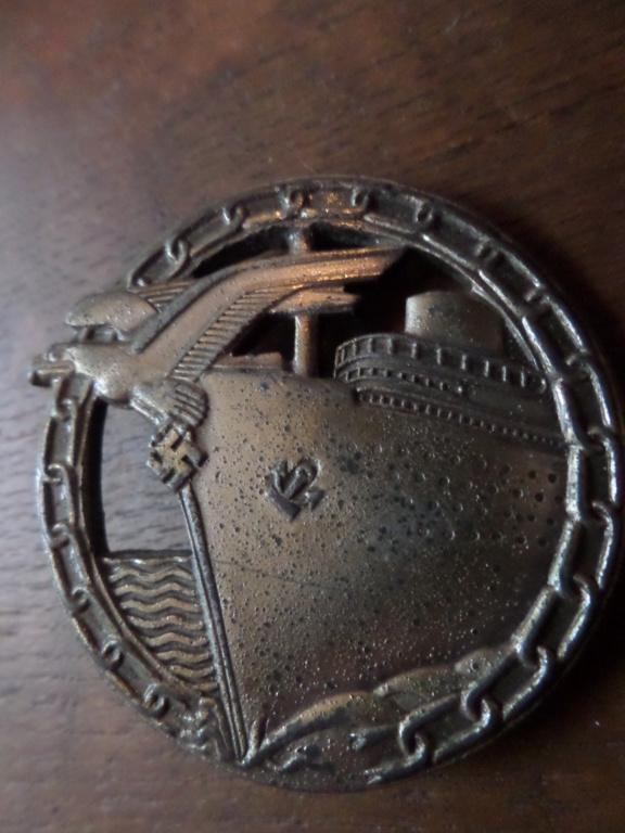 Insigne Kriegsmarine briseur de blocus  Sam_0217