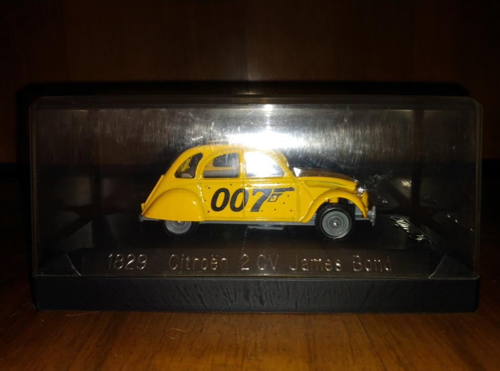 James Bond Agente 007 (collezione di spezialagent) - Pagina 2 Img_2032