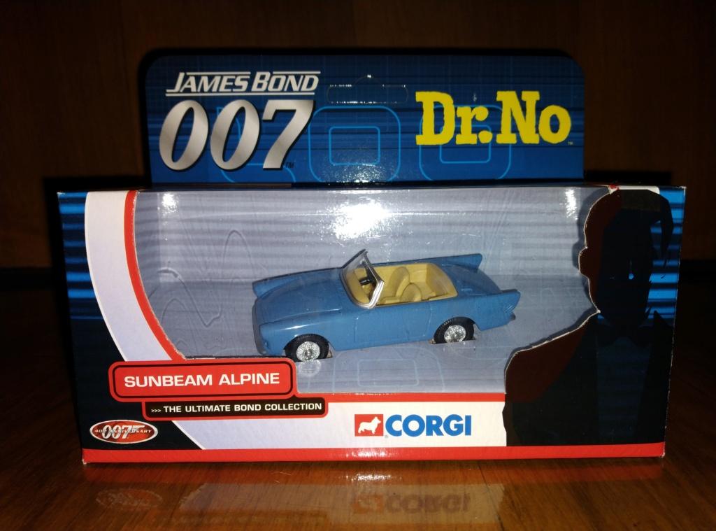 James Bond Agente 007 (collezione di spezialagent) - Pagina 2 Img_2042