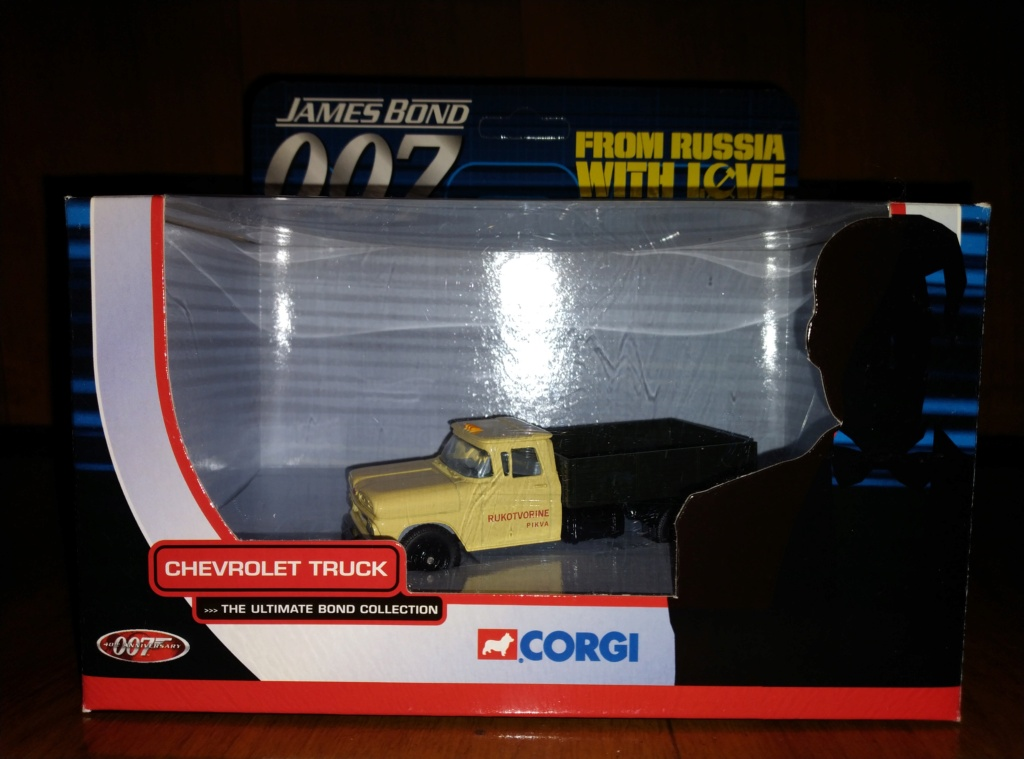 James Bond Agente 007 (collezione di spezialagent) - Pagina 2 Img_2043