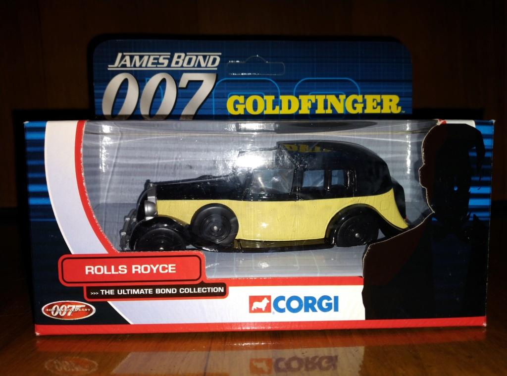 James Bond Agente 007 (collezione di spezialagent) - Pagina 2 Img_2044