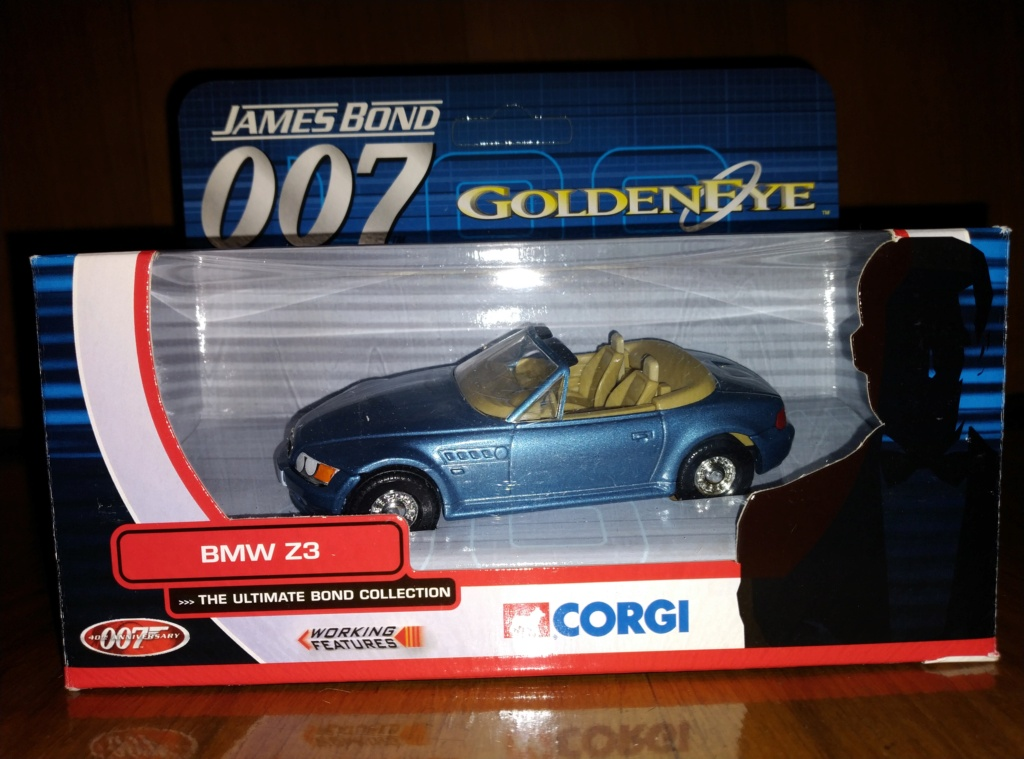 James Bond Agente 007 (collezione di spezialagent) - Pagina 2 Img_2048