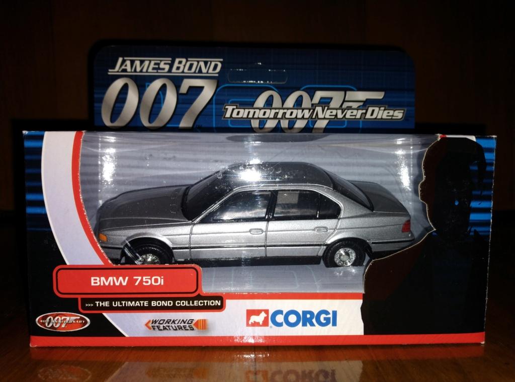 James Bond Agente 007 (collezione di spezialagent) - Pagina 2 Img_2049