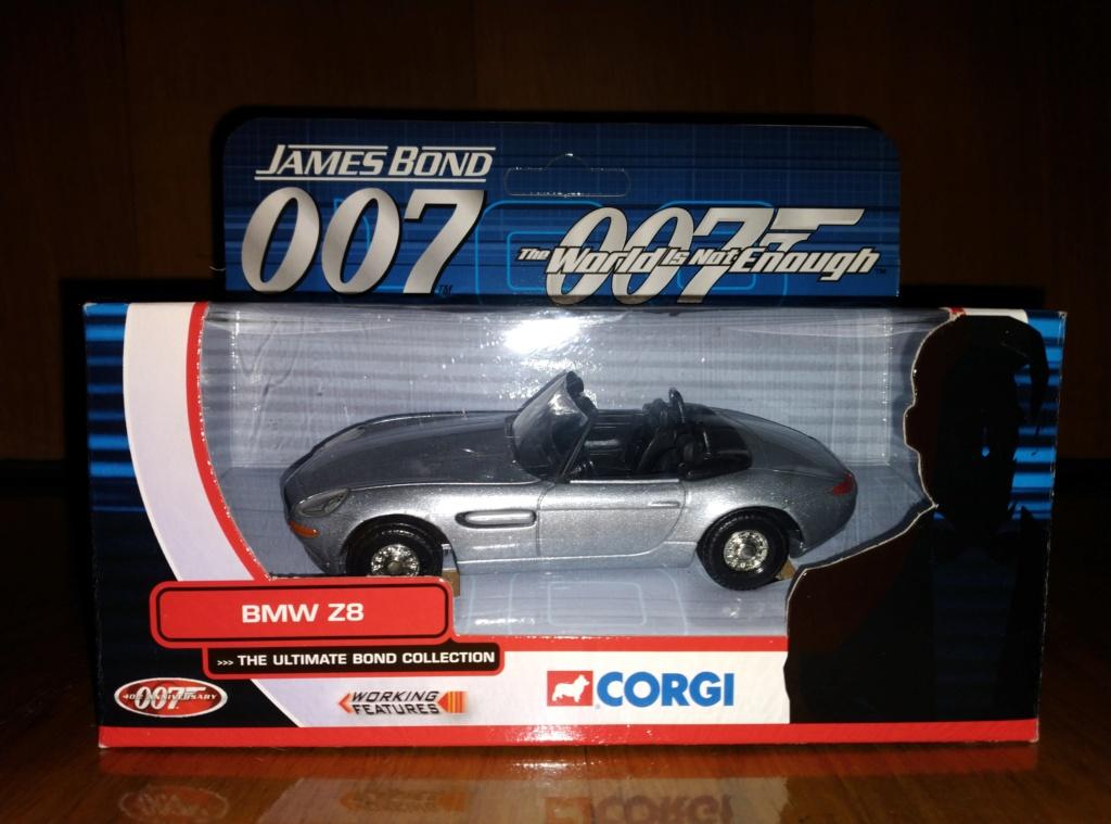 James Bond Agente 007 (collezione di spezialagent) - Pagina 2 Img_2050