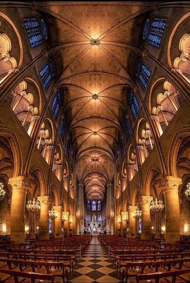 Notre Dame - Page 5 Notre_10