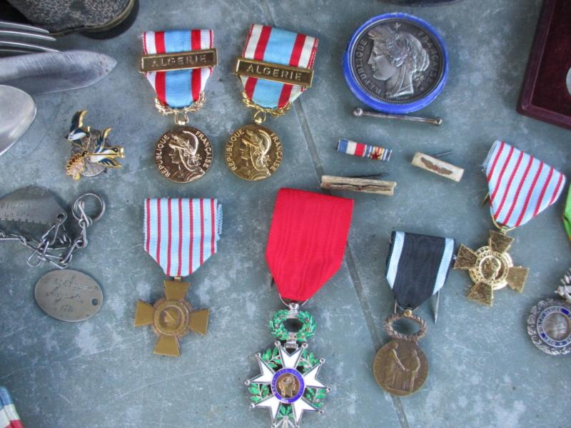 De la semaine : CEFI, Adrian, Papiers, Médailles, képi, jumelles ... Img_5913