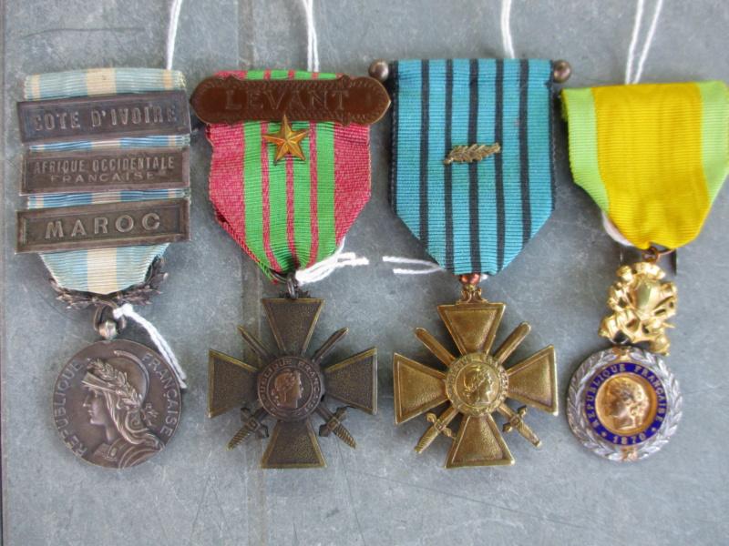 Deux mois de trouvailles (Médailles, insignes, Vichy, LVF, LFC ...) Img_7120