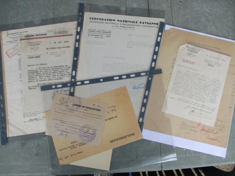 D'hier et d'aujourd'hui : insignes, médailles, papiers ... Img_8016